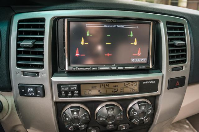 2003 Toyota 4Runner SR5 V8 - SUNROOF - NAVI - TOW PKG Reseda, CA 23