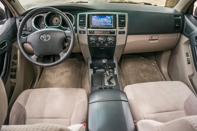 2003 Toyota 4Runner SR5 V8 - SUNROOF - NAVI - TOW PKG Reseda, CA 17