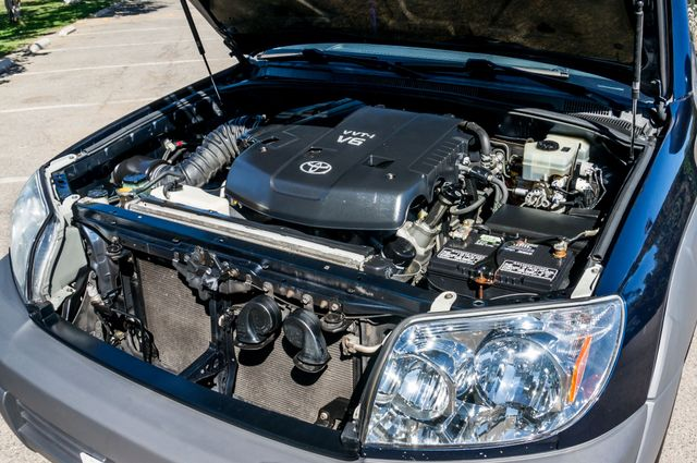 2003 Toyota 4Runner SR5 Reseda, CA 32