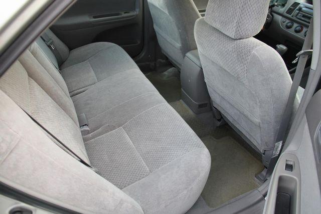 2003 Toyota Camry LE Santa Clarita, CA 15