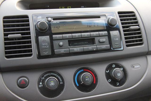 2003 Toyota Camry LE Santa Clarita, CA 18