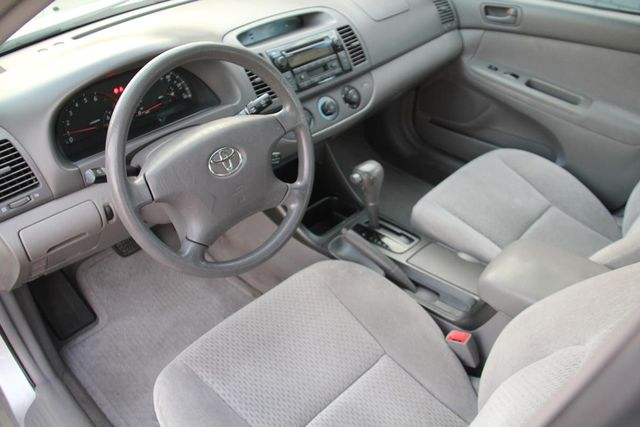 2003 Toyota Camry LE Santa Clarita, CA 8