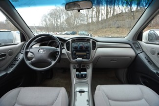 2003 Toyota Highlander Naugatuck, Connecticut 13