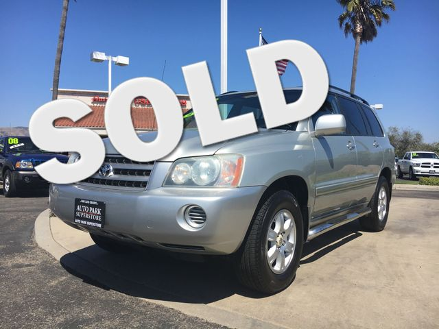 2003 Toyota Highlander Youll enjoy the benefits of good gas mileage and a smooth ride with this V