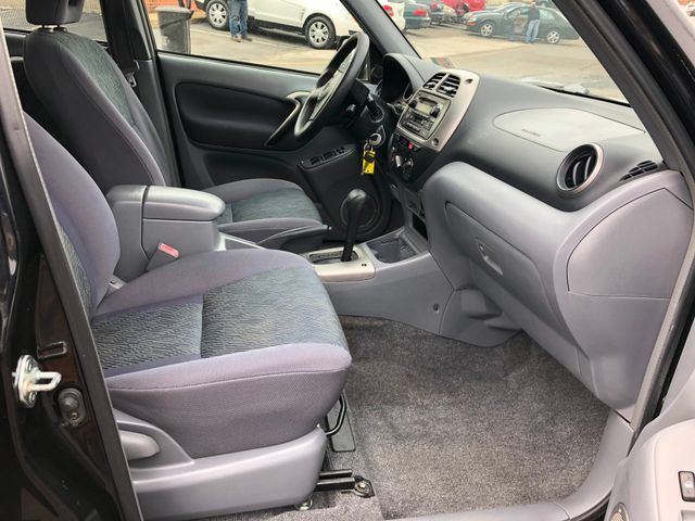 2003 Toyota RAV4 AWD Sterling, Virginia 14