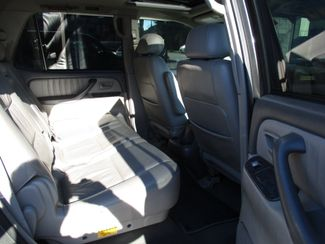 2003 Toyota Sequoia Limited Milwaukee, Wisconsin 17