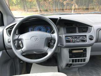 2003 Toyota Sienna CE Ravenna, Ohio 9