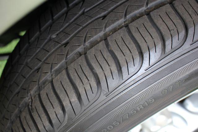 2003 Toyota Tacoma SR5 XtraCab RWD - REAR SLIDER - ALLOYS! Mooresville , NC 17