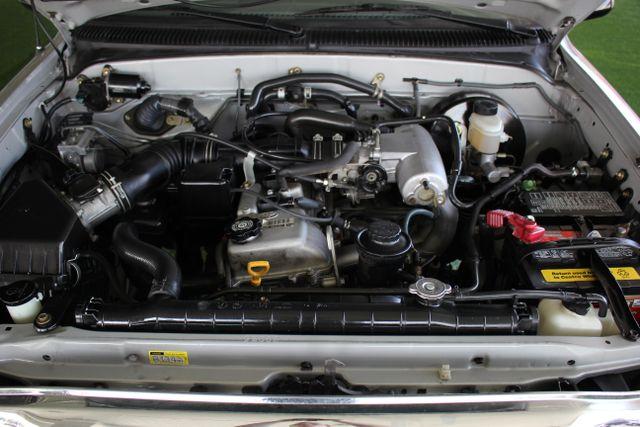 2003 Toyota Tacoma SR5 XtraCab RWD - REAR SLIDER - ALLOYS! Mooresville , NC 19