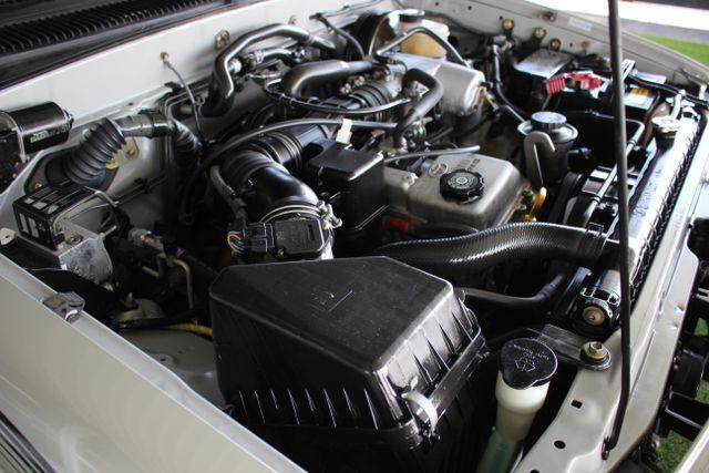 2003 Toyota Tacoma SR5 XtraCab RWD - REAR SLIDER - ALLOYS! Mooresville , NC 32