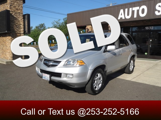 2004 Acura MDX Touring AWD LEATHER SUNROOF ONE OWNER ALL YEAR DRIVE This MDX is freshly deta