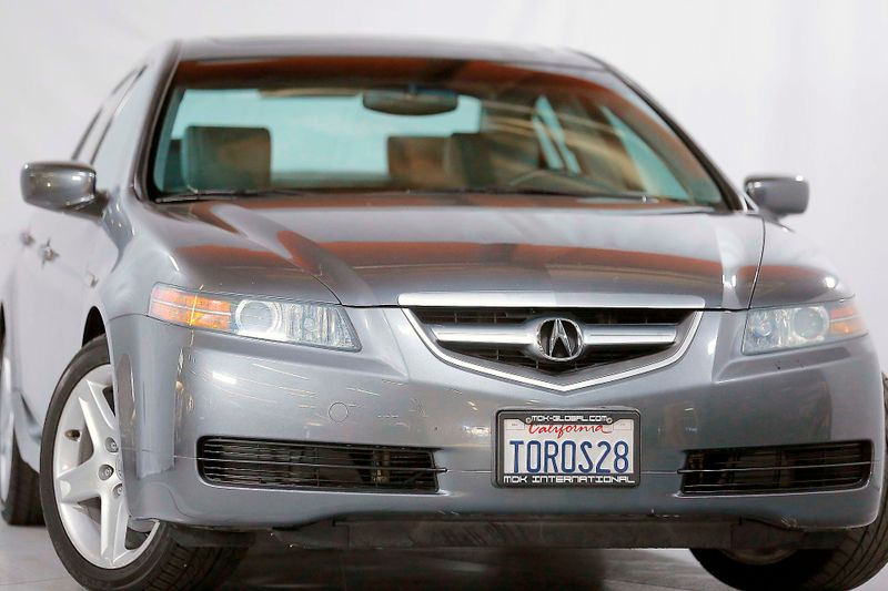 2004 Acura TL - 6 Speed Manual - Only 66K miles  city California  MDK International  in Los Angeles, California
