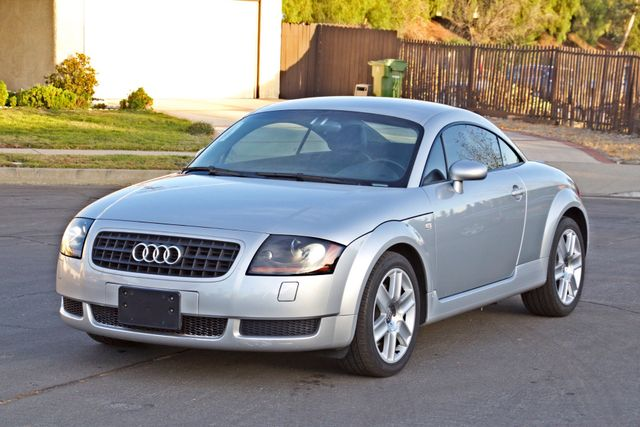 2004 Audi TT 1.8T COUPE AUTOMATIC ONLY 78K ORIGINAL MLS SERVICE RECORDS 1-OWNER Woodland Hills, CA 10