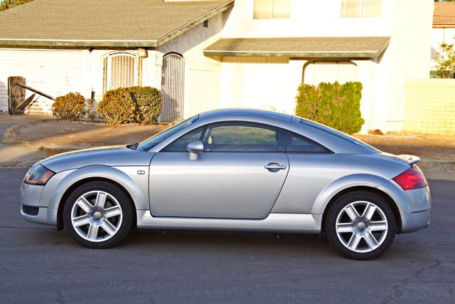 2004 Audi TT 1.8T COUPE AUTOMATIC ONLY 78K ORIGINAL MLS SERVICE RECORDS 1-OWNER Woodland Hills, CA 3