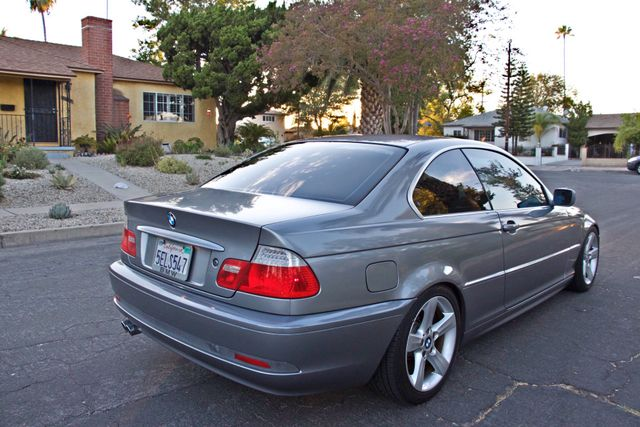 2004 BMW 325Ci COUPE SPORTS PKG AUTOMATIC  XENON NEW TIRES 1-OWNER SERVICE RECORDS Woodland Hills, CA 4