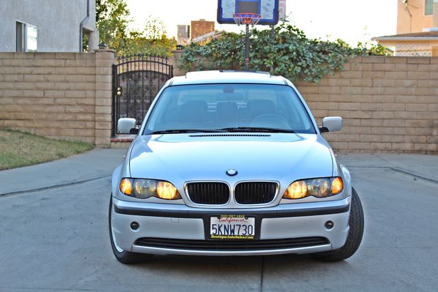 2004 BMW 325i PREMIUM PKG 77K MLS SUNROOF LEATHER SERVICE RECORDS NEW TIRES! Woodland Hills, CA 8