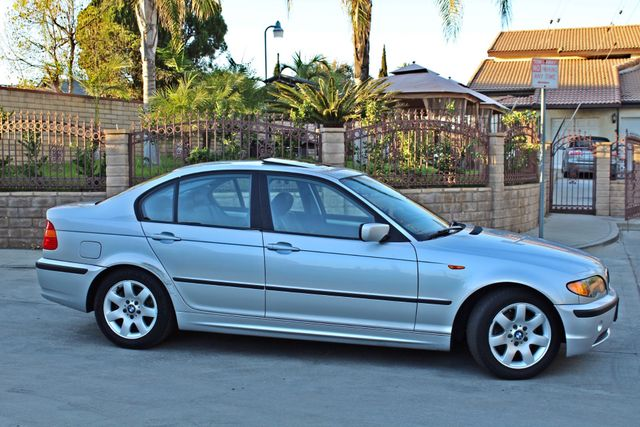 2004 BMW 325i PREMIUM PKG 77K MLS SUNROOF LEATHER SERVICE RECORDS NEW TIRES! Woodland Hills, CA 6