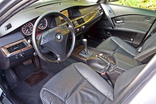 2004 BMW 530i SPORTS PKG AUTOMATIC XENON ALLOY WHLS NEW TIRES SERVICE RECORDS! Woodland Hills, CA 13