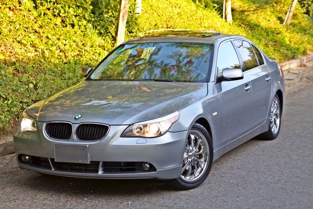 2004 BMW 530i SPORTS PKG AUTOMATIC XENON ALLOY WHLS NEW TIRES SERVICE RECORDS! Woodland Hills, CA 1