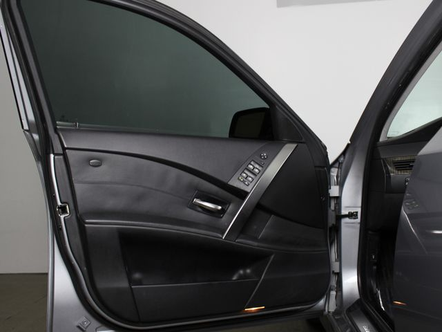 2004 BMW 545i E60 Matthews, NC 33