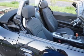2004 BMW Z4 2.5i Memphis, Tennessee 16