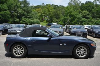 2004 BMW Z4 2.5i Naugatuck, Connecticut 9