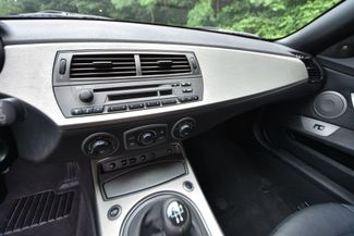 2004 BMW Z4 2.5i Naugatuck, Connecticut 11