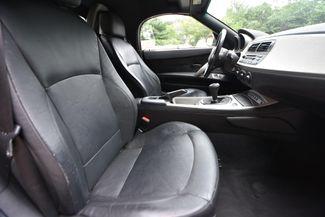 2004 BMW Z4 2.5i Naugatuck, Connecticut 8