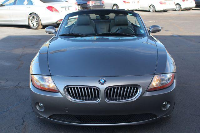 2004 BMW Z4 3.0i PREMIUM, SPORT & CONVENIENCE PKGS! Mooresville , NC 14
