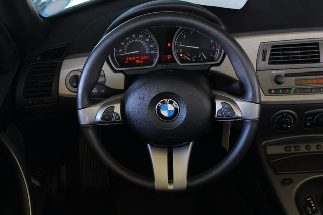 2004 BMW Z4 3.0i PREMIUM, SPORT & CONVENIENCE PKGS! Mooresville , NC 4