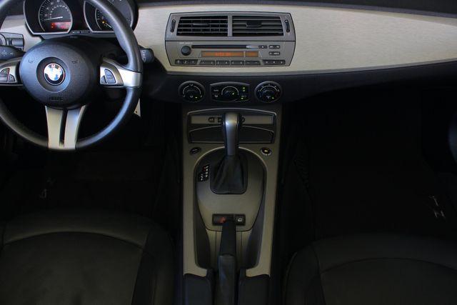 2004 BMW Z4 3.0i PREMIUM, SPORT & CONVENIENCE PKGS! Mooresville , NC 8