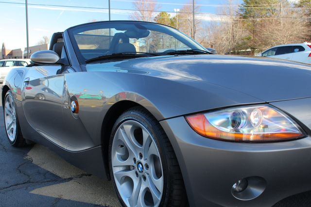 2004 BMW Z4 3.0i PREMIUM, SPORT & CONVENIENCE PKGS! Mooresville , NC 22