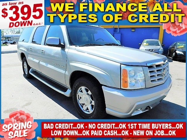 2004 CADILLAC ESCALADE ESV Limited warranty included to assure your worry-free purchase AutoCheck