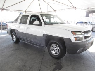 2004 Chevrolet Avalanche Gardena, California 3
