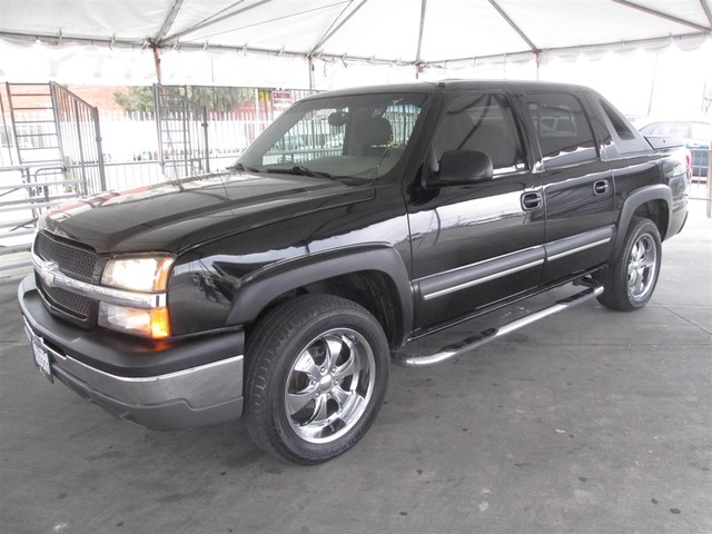 2004 Chevrolet Avalanche Z66 Please call or e-mail to check availability All of our vehicles ar