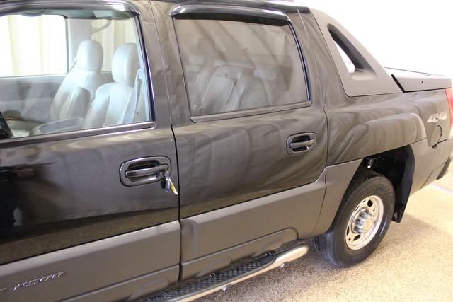 2004 Chevrolet Avalanche 2500 8.1L Roscoe, Illinois 11