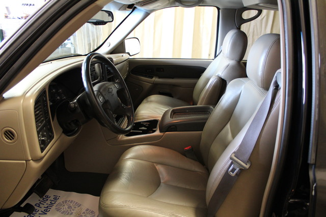 2004 Chevrolet Avalanche 2500 8.1L Roscoe, Illinois 14