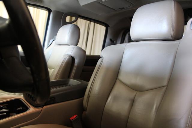2004 Chevrolet Avalanche 2500 8.1L Roscoe, Illinois 18