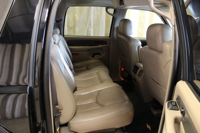 2004 Chevrolet Avalanche 2500 8.1L Roscoe, Illinois 21