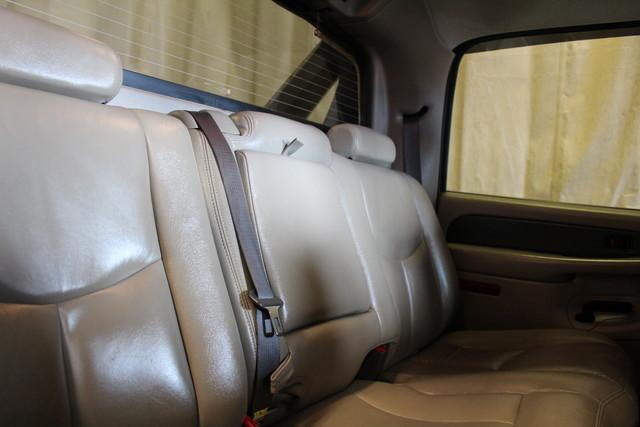 2004 Chevrolet Avalanche 2500 8.1L Roscoe, Illinois 22