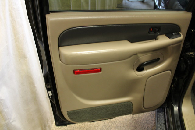 2004 Chevrolet Avalanche 2500 8.1L Roscoe, Illinois 32