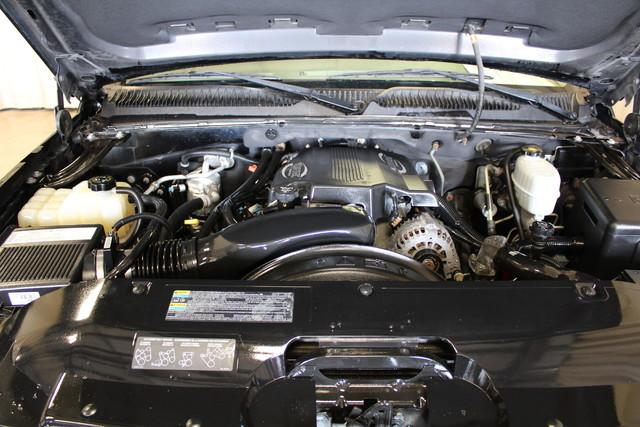 2004 Chevrolet Avalanche 2500 8.1L Roscoe, Illinois 33