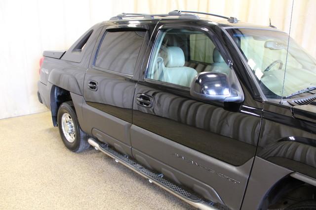 2004 Chevrolet Avalanche 2500 8.1L Roscoe, Illinois 5