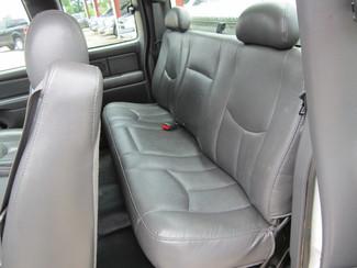 2004 Chevrolet Silverado 1500 ext cab Houston, Mississippi 8