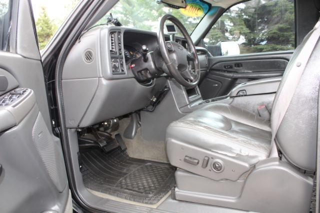 2004 Chevrolet Silverado 2500HD LT Crew Cab Short Bed 4WD  city MT  Bleskin Motor Company   in Great Falls, MT