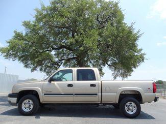 2004 Chevrolet Silverado 2500HD Crew Cab 6.6L Duramax Diesel 4X4 | American Auto Brokers San Antonio, TX in San Antonio Texas