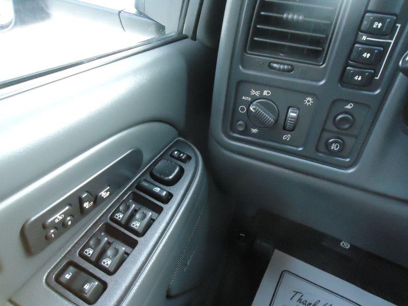 2004 Chevrolet Silverado 3500 LT  in Sherwood, Ohio