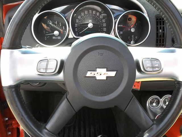 2004 Chevrolet SSR 1 of only 1547 made WITH 14P CODE   LS San Antonio, Texas 14