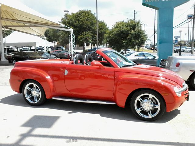 2004 Chevrolet SSR 1 of only 1547 made WITH 14P CODE   LS San Antonio, Texas 2