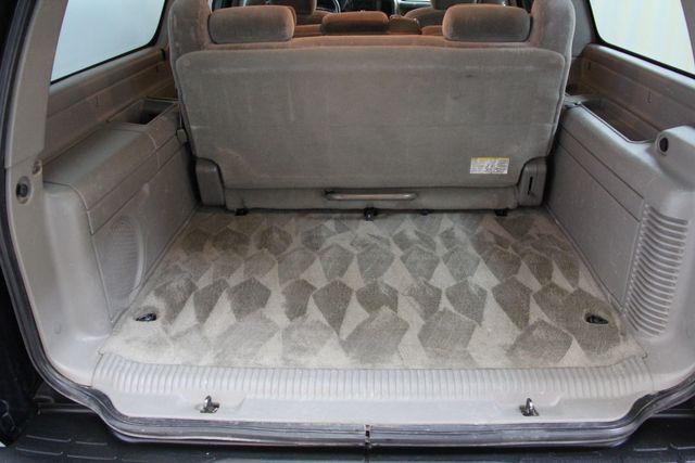 2004 Chevrolet Suburban LS Richmond, Virginia 25